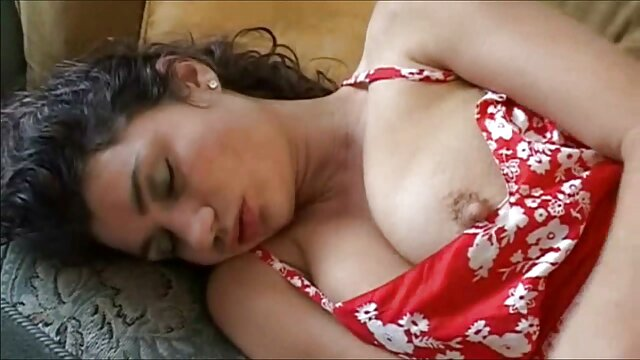BLONDE SWEET WIFE HARD SEX extrait film porno amateur DRIVE