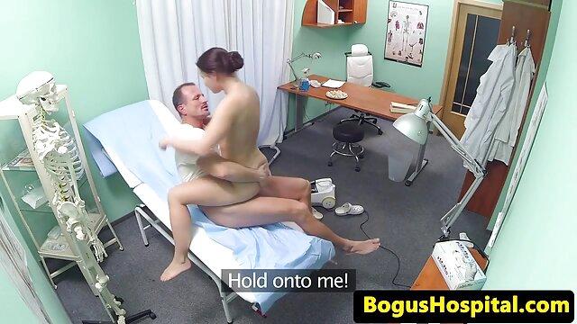 Superbe poing blonde et film porno francais amateur gratuit joue sa chatte-L1390-