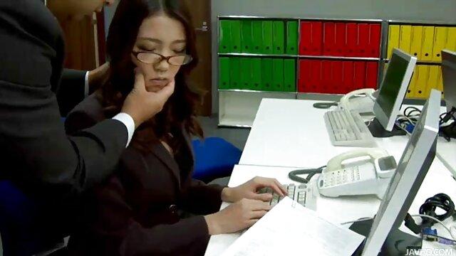 Sasha et Hailey partagent film x amteur une bite